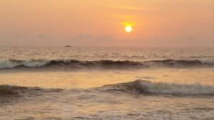 La luz del sol es otra marea / Aceytuno