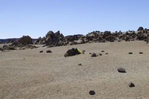 Paraje de aspecto marciano donde se da la magarza / Aceytuno